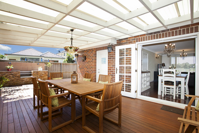 Outdoor Living Spaces and Kitchens